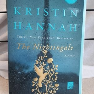 "NYT Bestseller "" The Nightingale"""